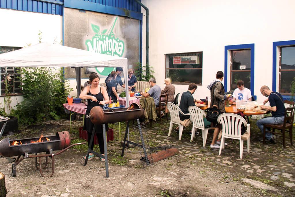 gemeinsames Zubereiten auf Minitopia - Foto von Lena Schroeter